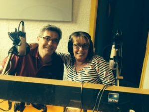 Eli y Tino, presentadores de Los Ranitas, en Radio Alma