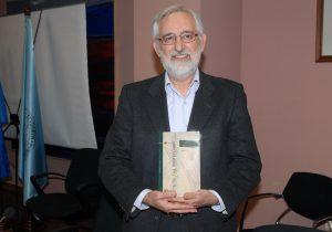 El profesor de Filosofía Moral, Emilio Martínez Navarro
